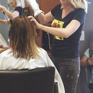 charity_cut-a-thon_2015_034