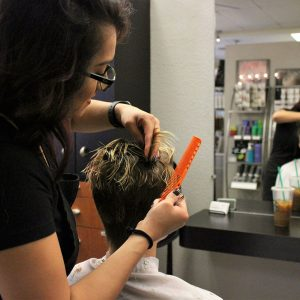 charity_cut_a_thon_2016_017