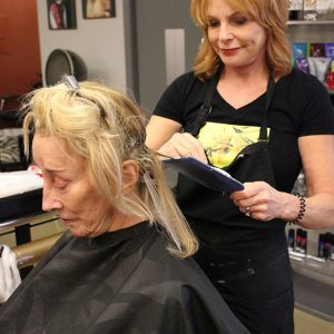charity_cut_a_thon_2016_018
