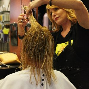 charity_cut_a_thon_2016_024
