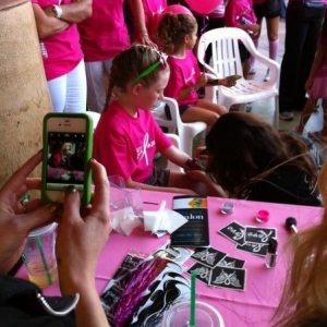 charity_paint_el_paseo_pink_2012_007