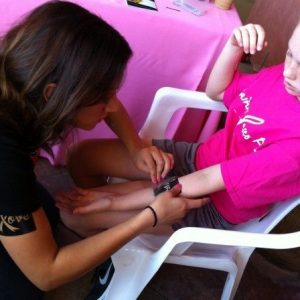 charity_paint_el_paseo_pink_2012_012