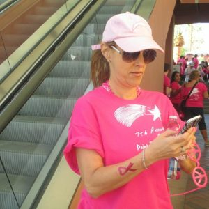 charity_paint_el_paseo_pink_2013_002