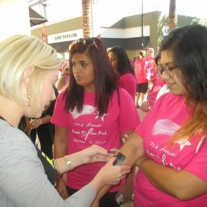 charity_paint_el_paseo_pink_2013_006