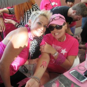 charity_paint_el_paseo_pink_2013_008
