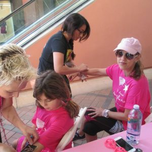 charity_paint_el_paseo_pink_2013_015