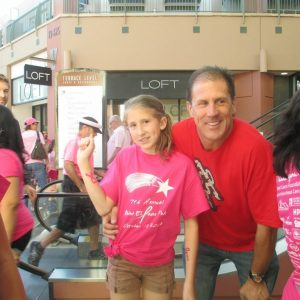 charity_paint_el_paseo_pink_2013_016