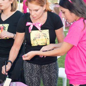 charity_paint_el_paseo_pink_2015_010
